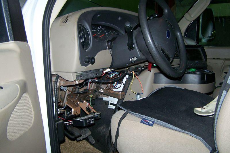 R paration de v hicule motoris garage atelier for Location garage reparation voiture